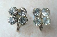 Vintage Art Deco Style Rhinestone Screw Back Earrings.